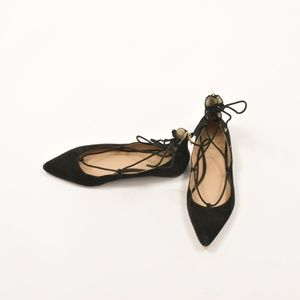 Vince Camuto Flats Size 9.5